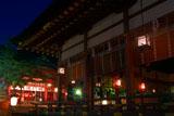 伏見稲荷大社 外拝殿越しの拝殿