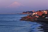 稲村ケ崎からの七里ガ浜と富士山