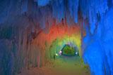 層雲峡氷瀑まつり虹色のトンネル