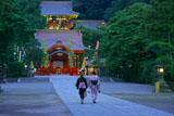 鶴岡八幡宮の舞殿と本宮
