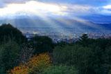 京都市街の天使の梯子