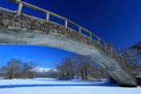 大沼公園湖月橋と駒ヶ岳