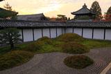 東福寺方丈南庭からの夕焼け