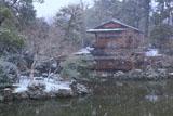 雪降る拾翠亭