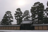 雪降る大宮御所