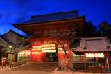 八坂神社 雪化粧の南楼門