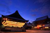 八坂神社 東雲の境内