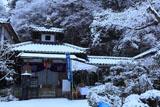 山科聖天 雪の不動堂