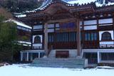妙傳寺 雪化粧の本堂