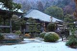 鎌倉大長寺 雪化粧した境内