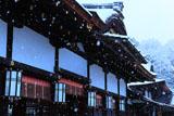 下鴨神社 雪の幣殿