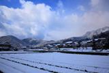 雪景色の大原の里