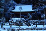 岩戸落葉神社の雪化粧