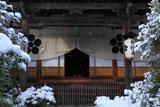 雪の光悦寺本堂