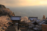 妙満寺 雪化粧の朝