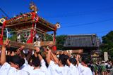 光明寺門前の乱材祭一番神輿