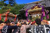 光明寺門前の乱材祭二三番神輿