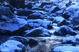 るり渓 瑠璃色の雪渓