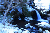るり渓 淡雪の鳴瀑