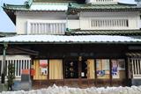 鎌倉 寸松堂の屋根雪