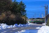 残雪の七高坂と江ノ電