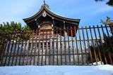 残雪の琵琶島神社