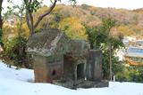 笛田 残雪の子守神社の祠