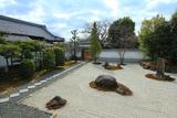 報恩寺 冬枯れの客殿庭園